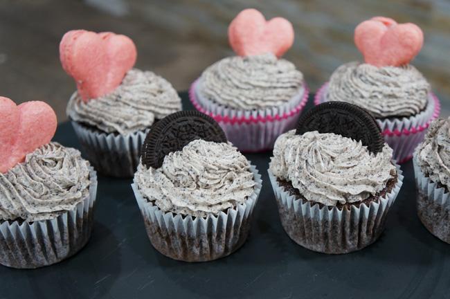 heart shape macaron cupcakes