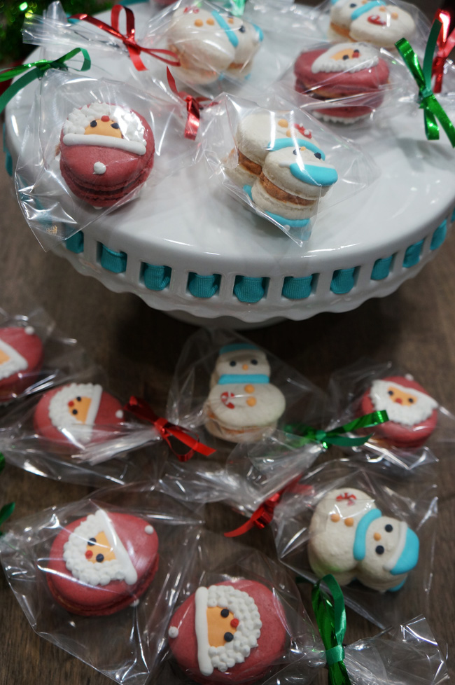 Christmas icing decoration